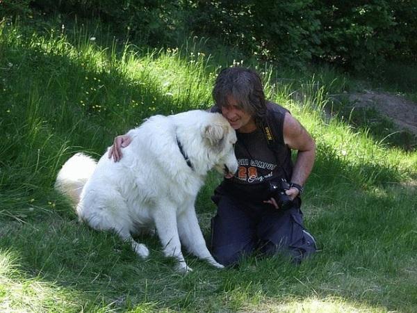 Ing. Viktor Dostál, pes a etológia psa