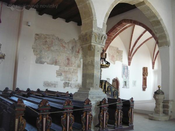 Pribylina, múzeum liptovskej dediny, kostol Panny Márie