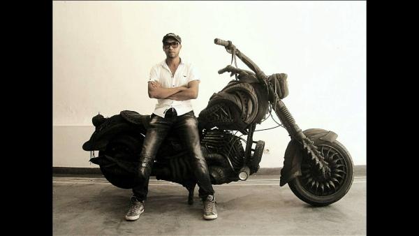 Lahcen Iwi Maroco, umenie z pneumatik, TyresArt
