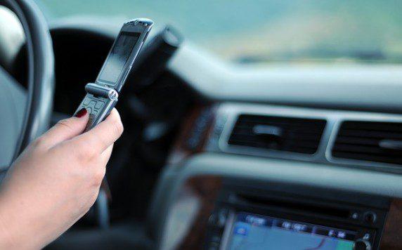 telefón za volantom, šoféri
