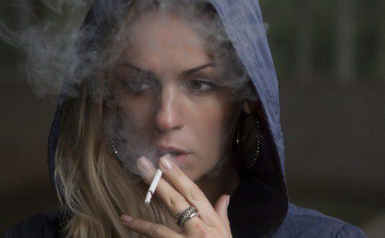 fajčenie žena