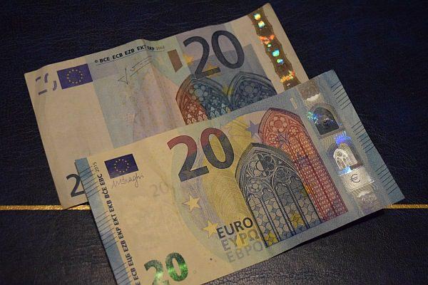 20 eurové bankovky