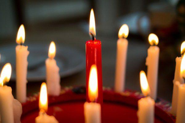 Sviatky a Vianoce, sviečky