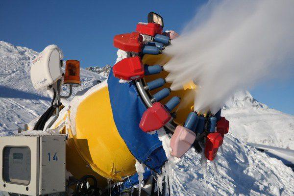 Zasnežovanie a snehové delo