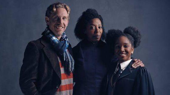 Ron Weasley a Hermiona Grangerová v divadelnej hre
