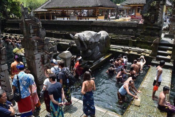 Tirta, chrám na Bali, © všetky práva vyhradené