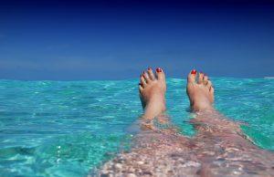 August a máčanie sa vo vode na dovolenke