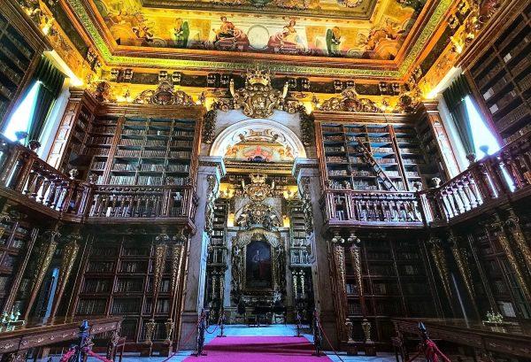 Knižnica Coimbra