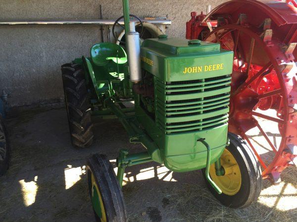 John Deere Krajinka, historický traktor