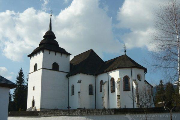 Pribylina, múzem liptovskej dediny, kostol Panny Márie