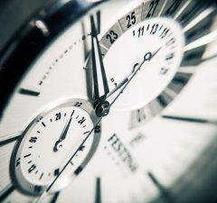 Posun času o hodinu