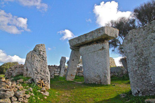ostrov Menorka, Baleáry a prehistória