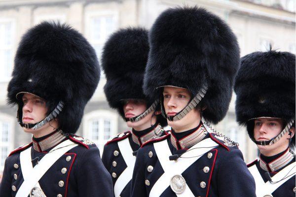 čestná stráž amaliensborg copenhagen, Dánsko a Kodaň