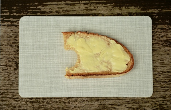 Chleba s maslom, či Chlieb s maslom