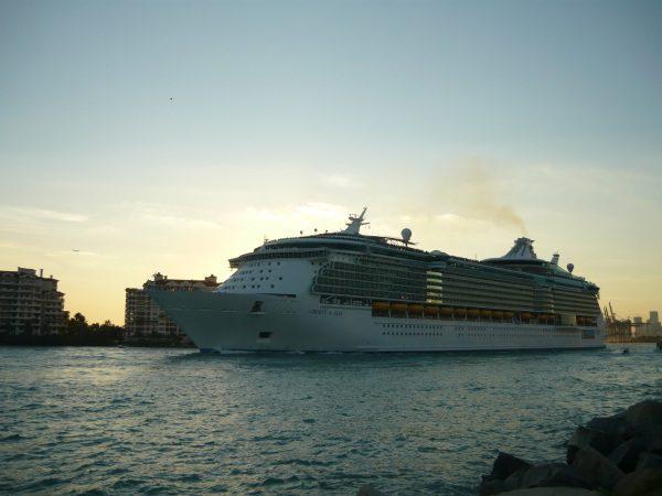 Loď Oasis of Liberty Miami Beach