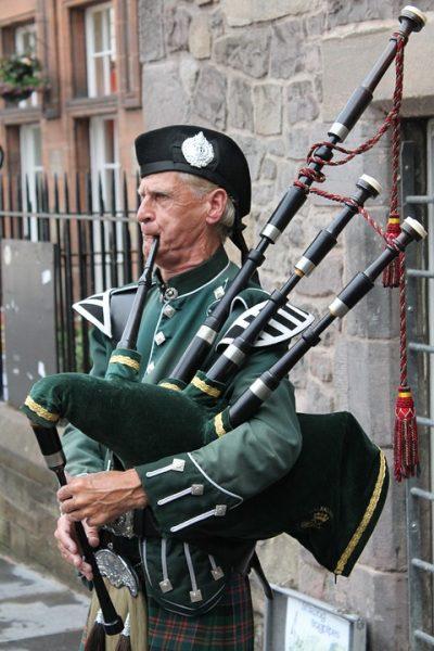 Škótsko, gajdy a kilt