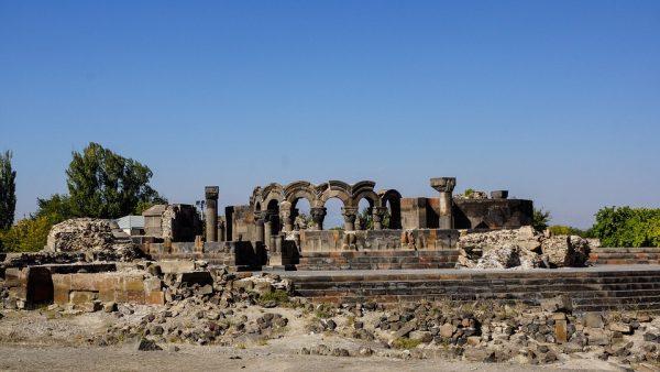 Arménsko a ruiny chrámu