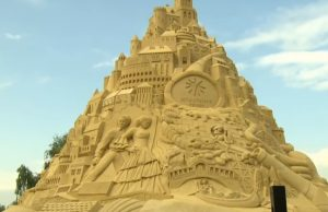 Duisburg a hrad z piesku