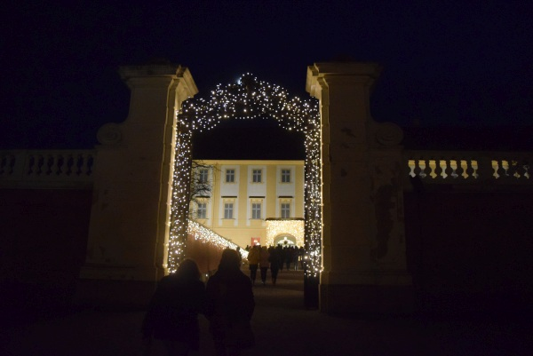 Shlosshof vianočné trhy