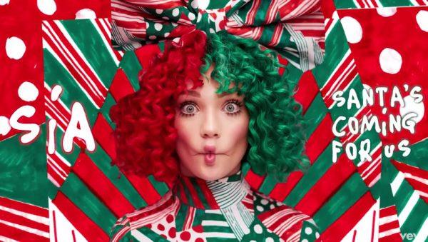 Sia vianočná Santa's Coming For Us