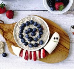 Raňajkové trendy ovocie a vločky