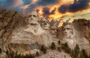 Mount Rushmore národný pamútník amerických prezidentov