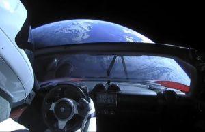 Starman SpaceX Dont panic