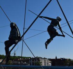 Krakow Kladka Ojca, akrobati a zámky lásky