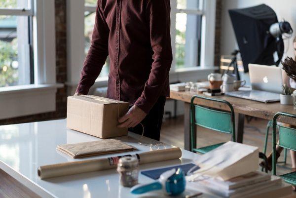 Balenie balíka, zásielky