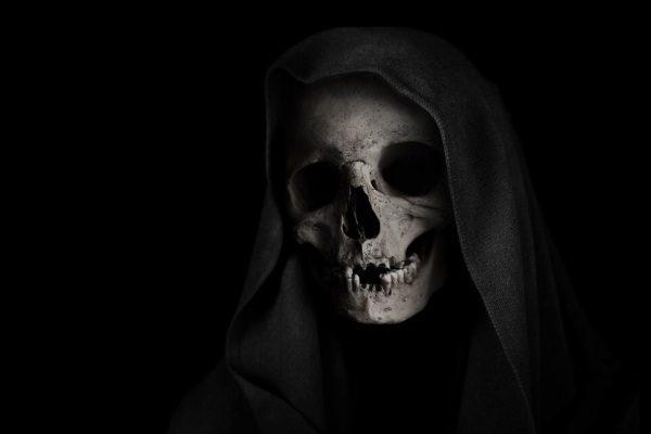 lebka a smrť