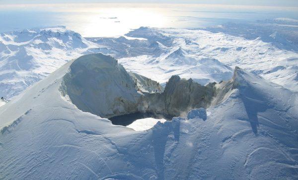 Sopka a láva Aljaška