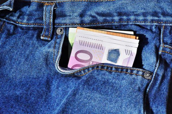 Vreckári a peniaze vo vačku
