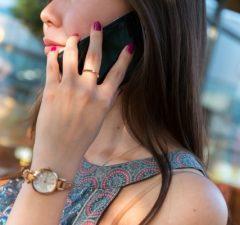 telefonovanie na call centrum