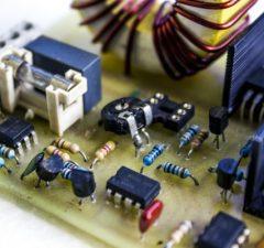 elektrotechnika a ilustračná snímka