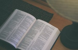 Hotelová Biblia