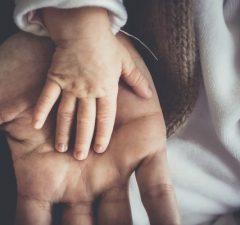 Ruky prsty alebo dlane, všetko je po desať aj na nohách