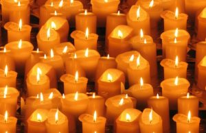Sviečky a plameň
