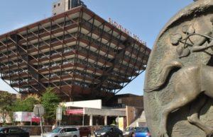 Slovenský rozhlas, obrátená pyramída