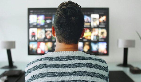 koncesionárske poplatky a sledovanie tv