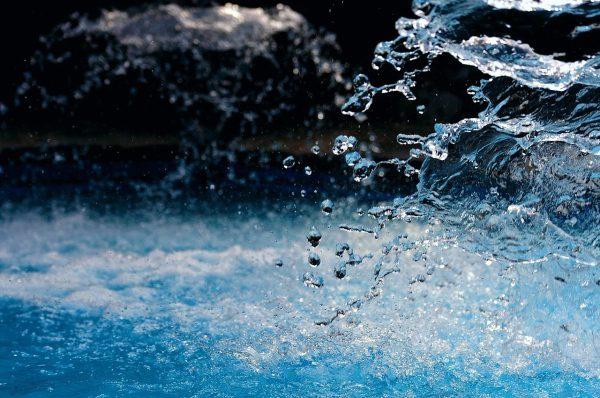 voda fontána