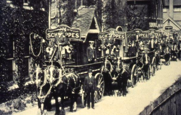 Schweppes história značky sýtené nápoje