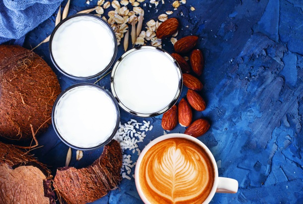 Rastlinné mlieka, madľové kokosové a iné