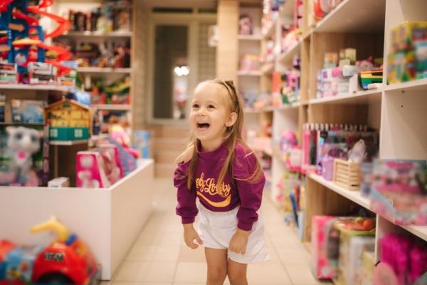 Dieťa v obchode