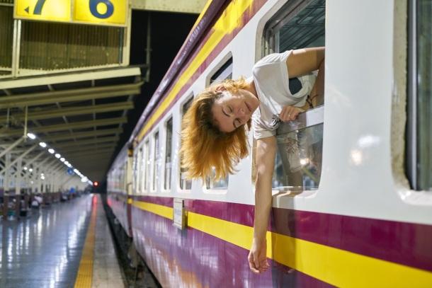 Vlak a žena