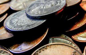 drobné mince z dolára