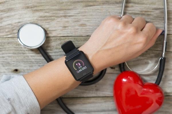 smarthodinky ukazujú vysoký krvný tlak