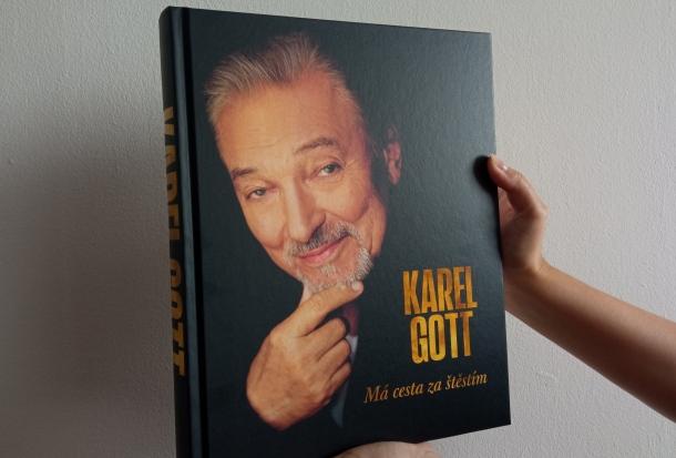 Karel Gott: má cesta za štěstím, recenzia knihy