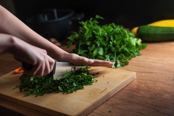krájanie a nože sekanie na jemno