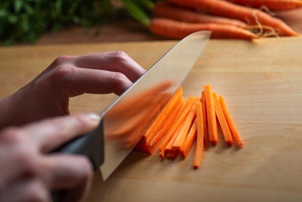 krájanie mrkvy, spôsob julienne